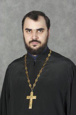 Настоятель иерей Александр Гимоян
