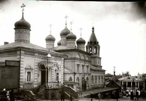 Спасская часовня и церковь Рождества Иоанна Предтечи. Фото Дунаева. Начало ХХ века