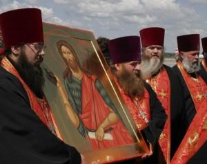 Проводы десницы. Фото с сайта Нижегородской епархии