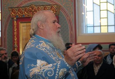 Патриарх совершил Божественную литургию